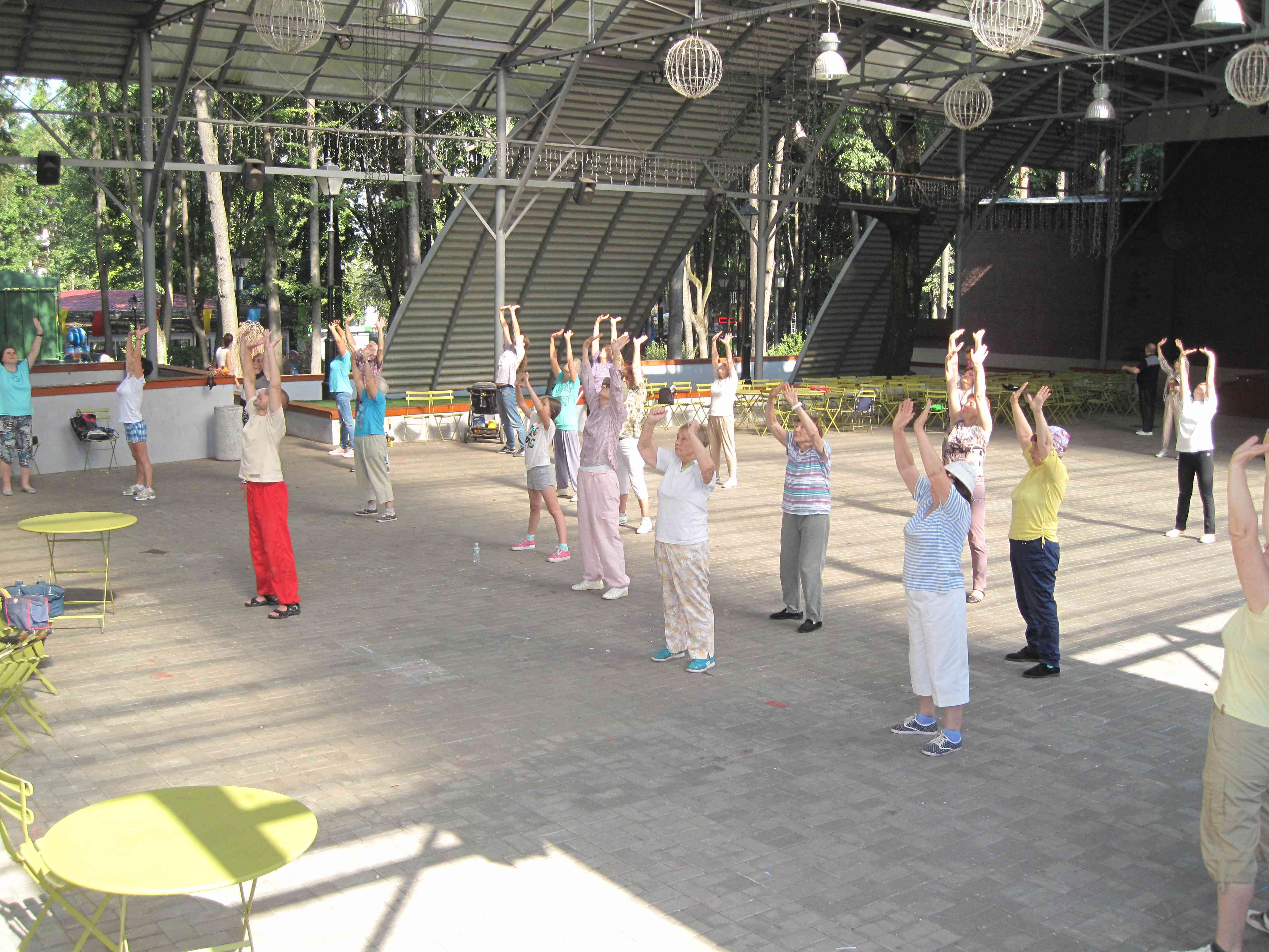Babushkinsky Park of Culture and Rest in Moscow: photos, description, activities, leisure options, visitor reviews 17